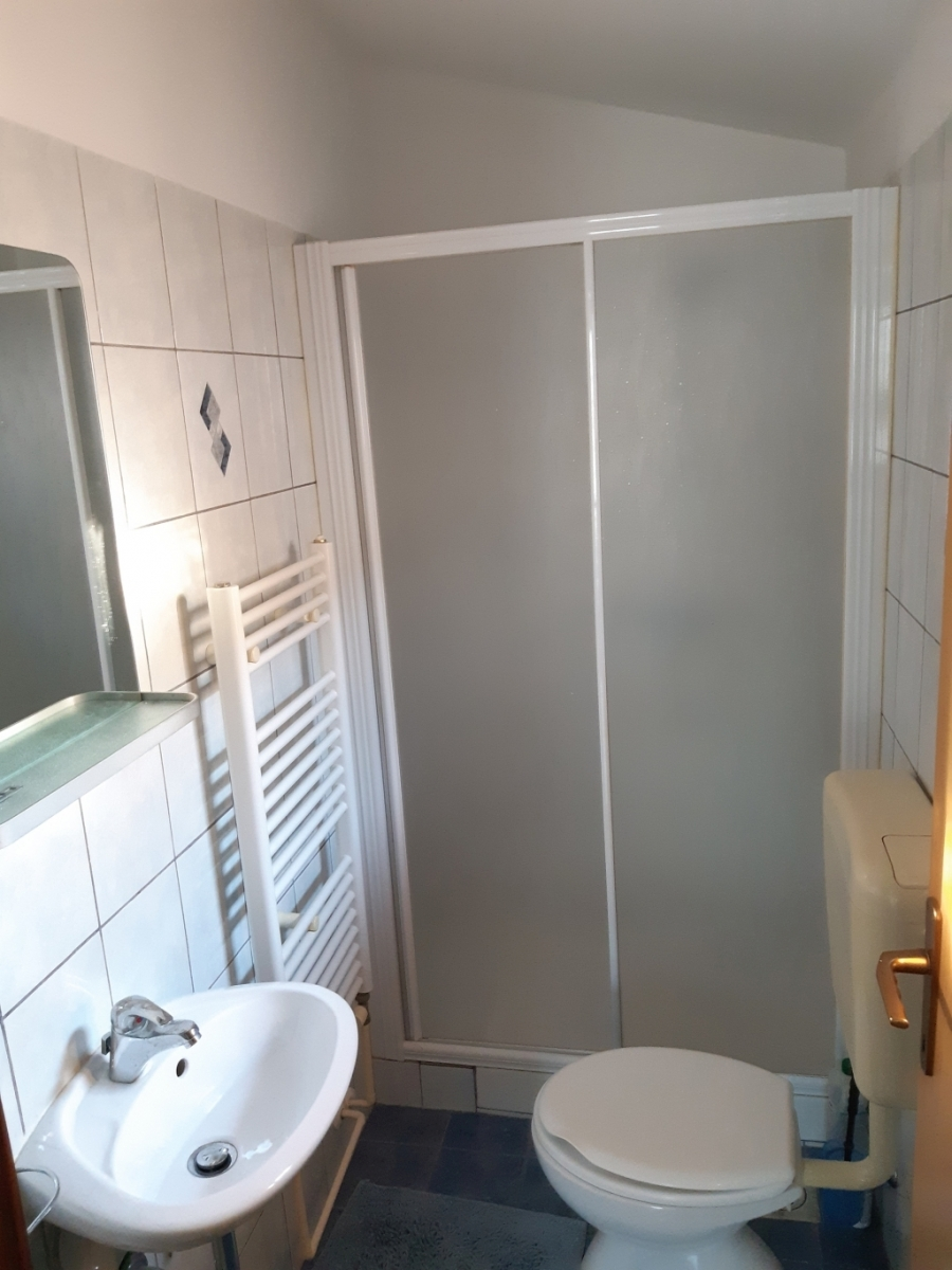 bathroom small